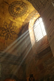 Light rays in Sofia Cathedral